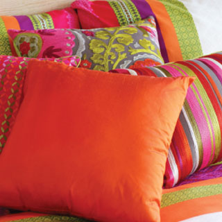 About_DTG_Cushions2_320x320